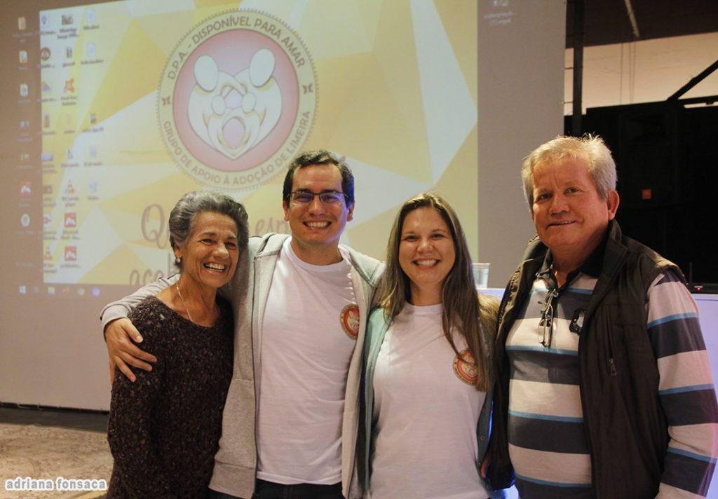 Marisa Guimarães, o casal Luiz Fernando Guimarães Silva e Ligia Aparecida Negri da Mata e Jorge Luiz da Silva
